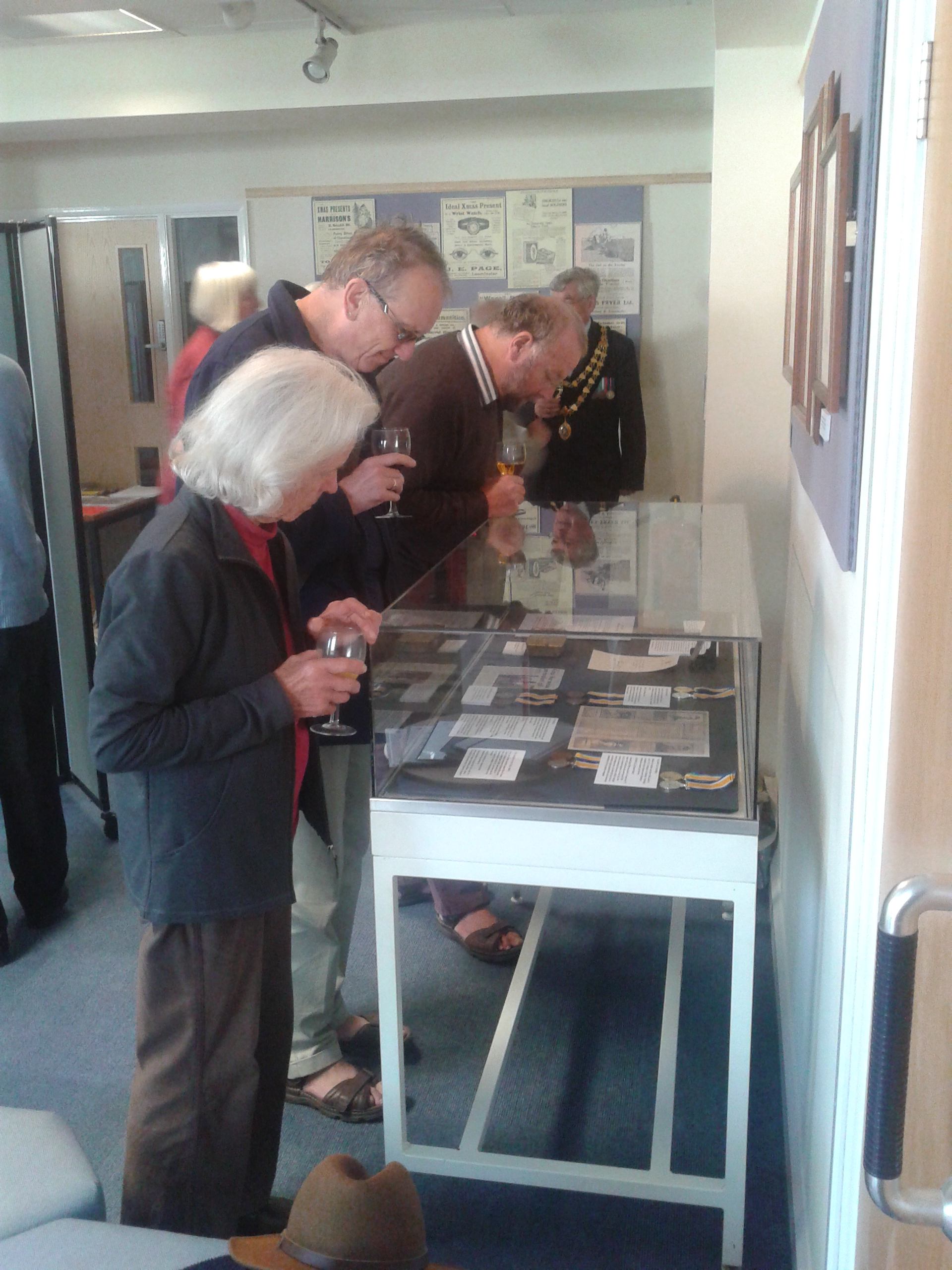 Looking at First World War objects