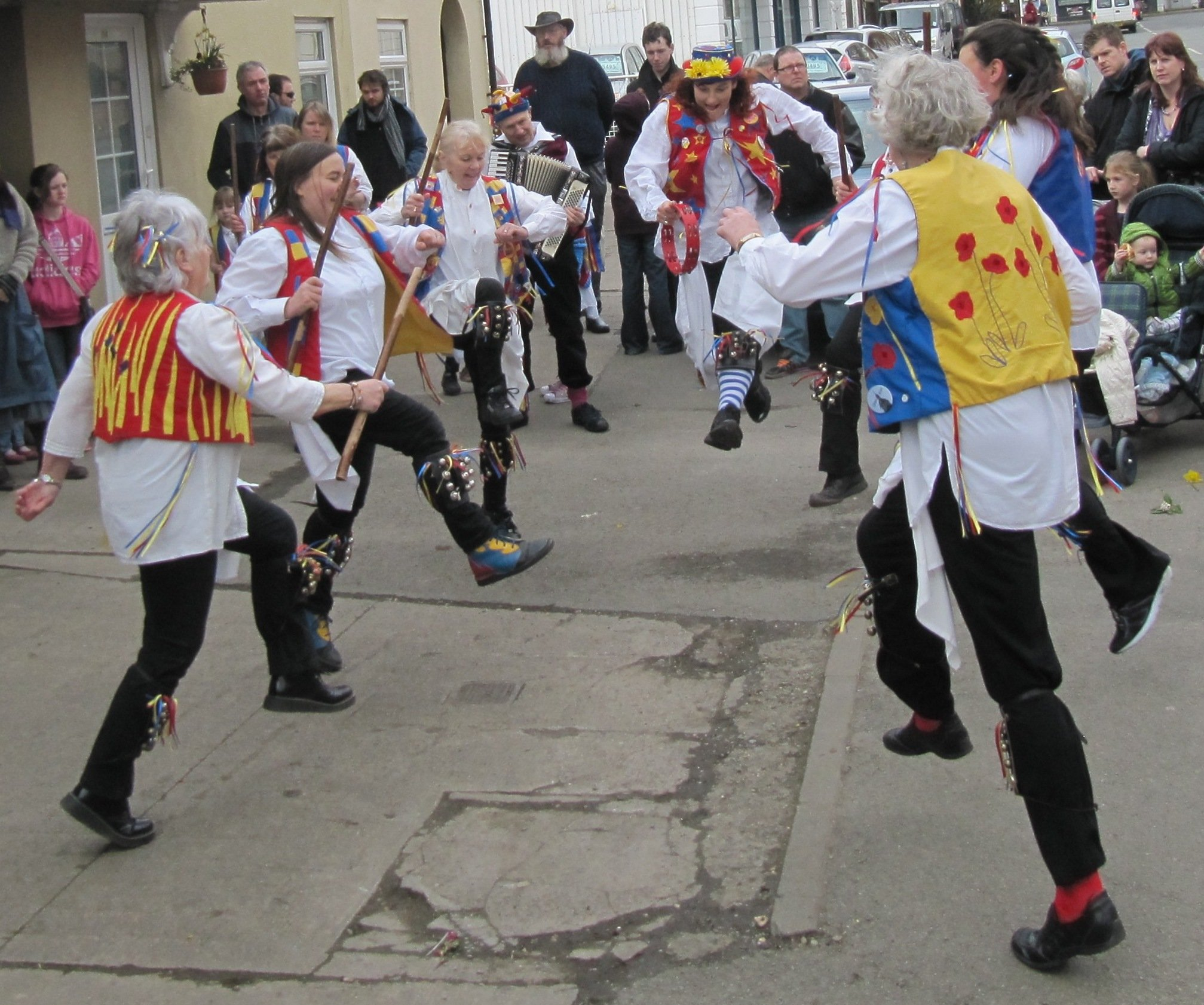 Jenny Pipes Morris in full leaping mode!